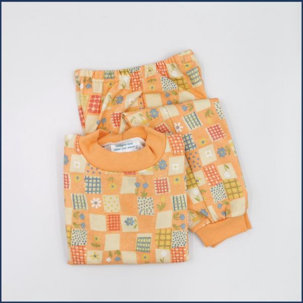 Pyjama Fleurs et carrés (orange-pêche) - Fait au Québec - Au Fil des Saisons